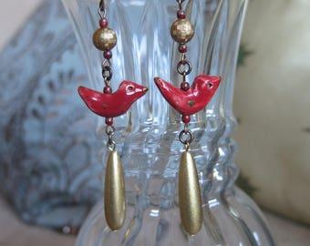 red and gold earrings, cardinal bird earrings, bird watcher earrings, Valentine's Day earrings, red earrings, long red earrings, red jewelry