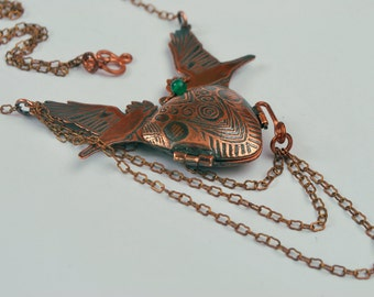 Crow Talisman Locket - etched rook - Copper hinged locket with green onyx