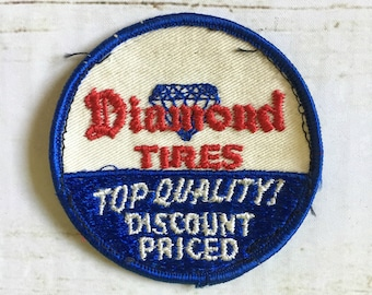 Vintage Diamond Tires Auto Dealer Round Embroidered Patch / Red, White, and Blue