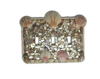 Seashell triple switch plate hand made - Beach and Ocean Decor - Yarn Outline - Rope - Seashell faceplate - seashell light switch