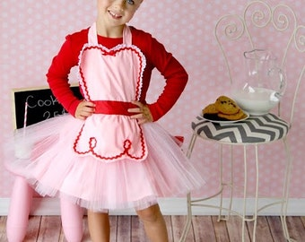 Valentines Day apron for kids RETRO apron in pink tutu  apron birthday gift 50s inspired
