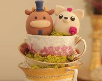 Ox and  Chiwawa ,chihuahua wedding cake topper