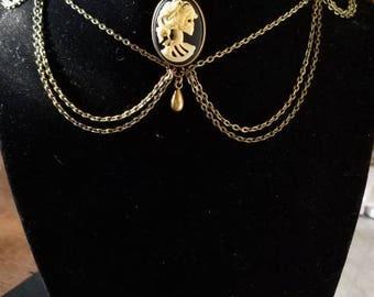 "13 1/2"" Adjustable Skeleton Cameo choker necklace"