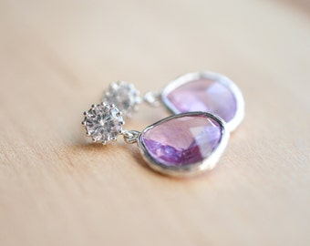 Silver Lavender Dangle Earrings // Lavender Bridesmaids Gift // Light Purple Earrings // Faceted Glass Dangle Earrings // Gift for Her