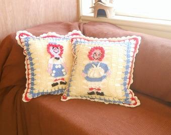 raggedy Ann and raggedy Andy two pillow set, nursery decor cushions, 2 square throw pillows, shabby chic cushions, home decor pillows