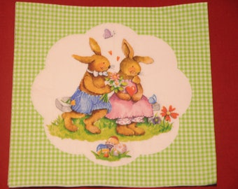 "theme ""love bunnies"" Easter napkin"