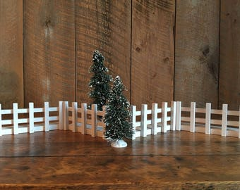 4 Sections of White Hardwood Fence for Toy Barns