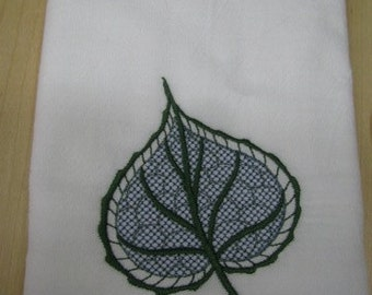 Delicate Leaf Towel - EXTRA STOCK