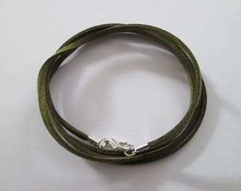80 cm base de collier cordon suédine kaki et fermoir métal argenté