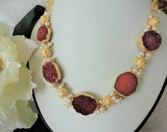 Druzy necklace gold, statement necklace Gold, red druzy necklace, gold necklace pearls, unique necklaces for women, chunky chain necklace