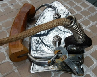 Durabilt Folding Travel Iron Vintage The Winsted Hdw Mfg Co Conn USA 1950's
