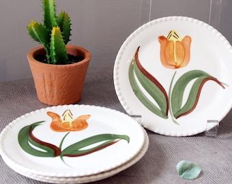 Set of Four Vintage Hand Painted Tulip Plates Boho Bohemian Farmhouse Floral Primitive