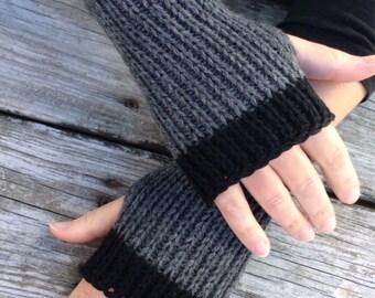 Mens Fingerless Glove, Knit Gloves for Men, Fingerless gloves, Knit Gloves, Hand Warmers, Wrist Warmers, Texting Gloves, Grey and black
