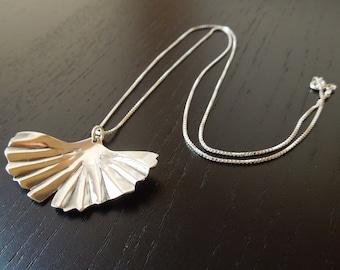 Sterling Silver Ginko Leaf Pendant Necklace