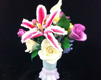 Custom made to order Sugar flowers for wedding and special occasion cakes