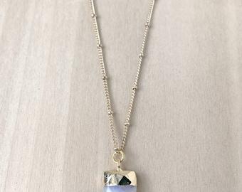 Mini Moonstone Horn Necklace, Tiny Moonstone Tusk Necklace, Dainty Tusk Necklace, Horn Layering Necklace