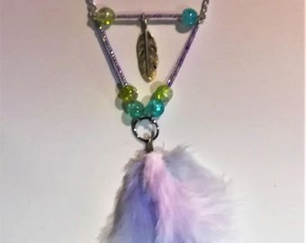 Necklace feathers and beads