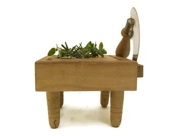 Small Vintage Chopping Board with Hachinette Mezzaluna Chopper. French Wood Chopboard. Mini Cutting Board for Garlic and Herbs.