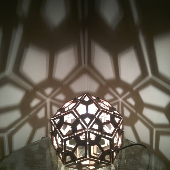 Rhombic Triacontahedron - Shadow Desk Lamp