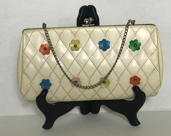 Vintage Quilted Kiss Lock Clutch / Colorful Flower Appliques / Cute Earthette Style Frame Handbag with Chain / Bright Floral Print Lining
