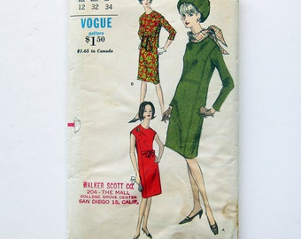 1960s Vintage Vogue MOD Sheath Dress with Scarf One Piece Dress / Vogue 6610 / Size 12 Bust 32