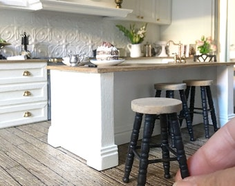Miniature bar stool - french oak and black - Dollhouse - Roombox - Diorama - 1:12 scale