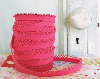 Fuchsia Crochet Edge Bias Tape (No. 32)