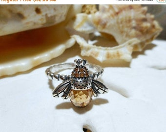 ON SALE Sterling Silver 3D Bee Ring w Briolette Cz 4.52 grams
