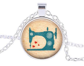 Machine sewing glass cabochon and chain necklace
