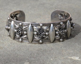 Peruzzi Jewelry,Peruzzi Silver Bracelet,Renaissance Revival Style,Italian Jewelry,Italian Bracelet,800 Silver,Vintage Peruzzi Cuff Bracelet