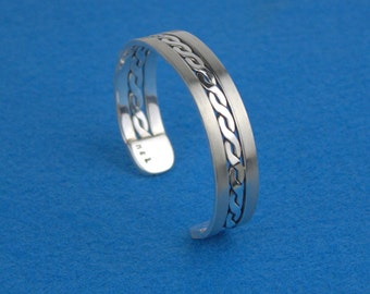 Silver Cuff Bracelet with Flattened wire Rope and Burnished Rectangle wire.
