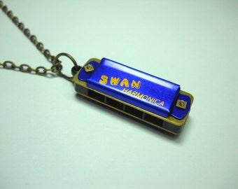 Mini Vintage Style Blue Harmonica Necklace, 4 Hole 8 Note, Retro Mini Harmonica, Music Lover Charm, Men's Necklace, Women's Necklace