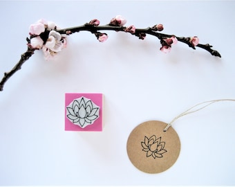 Lotus stamp. Lotus rubber stamp. Water lily stamp. Water lily rubber stamp. Nenuphar stamp. Yoga teacher gift. Handmade stamp.