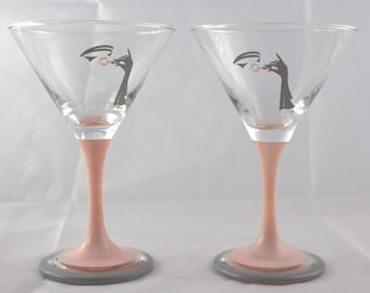 2 glasses cocktail glasses with motif pink 80s party 80s aperitif Martini Vintage