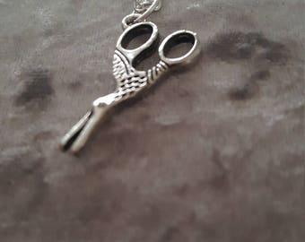 Scissors necklace