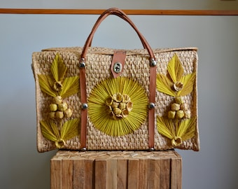 Vintage Woven Large Mexico Straw Tote/Handbag- Beach Bag- Overnight Bag- Carry On Luggage- Large Purse- Boho- Hippie- Tropical- Market