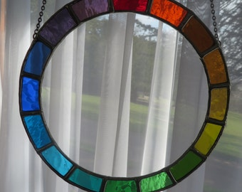 Circle of Light! Beautiful Round Stained Glass Suncatcher - pewtermoonsilver
