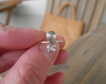 """Toe rings... """"Tumble weeds"""" cute little spiral toe ring in silver."""