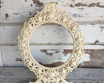 Antique Cast Iron Art JM29 Easel Picture Frame - Ivory Round