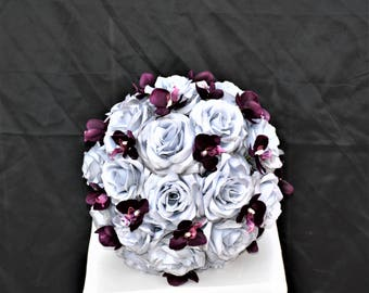Grey & Plum (Eggplant) Clutch Bouquet