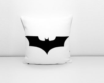 Batman cushion cover, white and black, dorm pillow, decorative pillow, nerd pillow, sofa pillow, cojín del sofá, almofadas