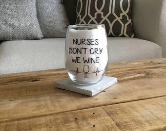 Nurse wine glass. Nurse gift. Rn wine glass. Rn gift. Registered nurse gift. Nursing student gift. Er nurse. Trauma queen. Nurses wine glass
