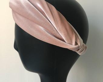Pink powder velvet hairband