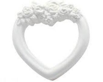 Plaster heart frame