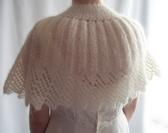 Knitted Capelet, Ivory Capelet, Mohair Capelet, Bridal Capelet, Wedding Capelet, Shawl, Gift for Her, Gift for Mum, Birthday Gift