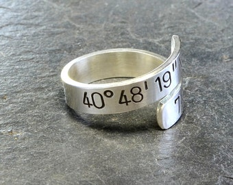Latitude longitude sterling silver bypass ring with personalized coordinates - Solid 925 Wrap Ring - RG977