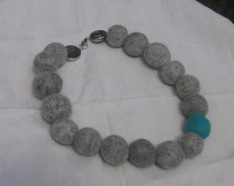 felt bead necklace, great Felt Beads, beads, wool, turquoise, gray, Aztec Taler, necklace, 21.26 inch, 54 cm