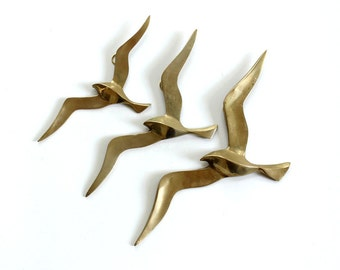 vintage brass seagull wall hanging . set of 3 brass birds, 1970s wall decor