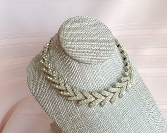 Vintage Sarah Coventry Rhinestone Necklace in Silver Tone Setting