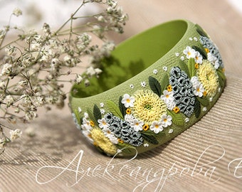 Polymer clay bangle with a flowers and leaves - Green yellow white bracelet - Floral wide bangle